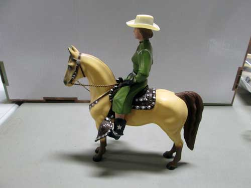 image of a 100 piece Hartland figure collection 13