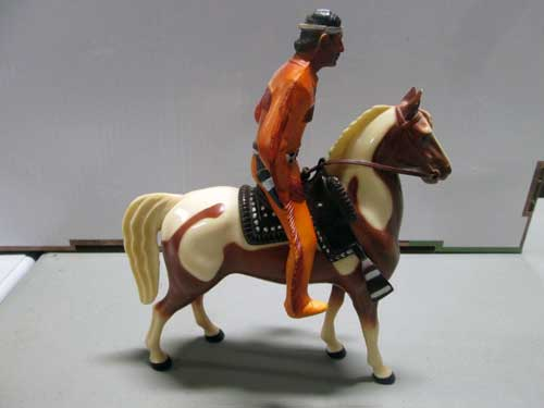 image of a 100 piece Hartland figure collection 2