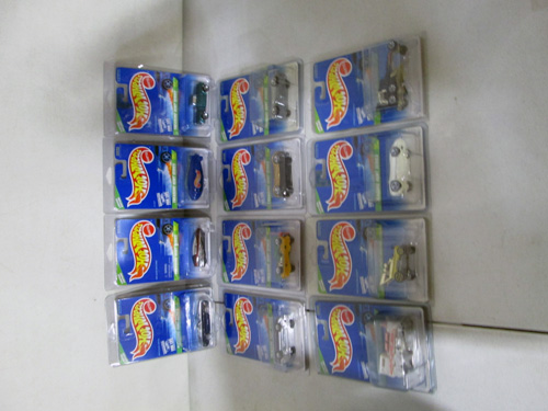 1000 piece hot wheels collection with 1995 treasure hunt set image 5