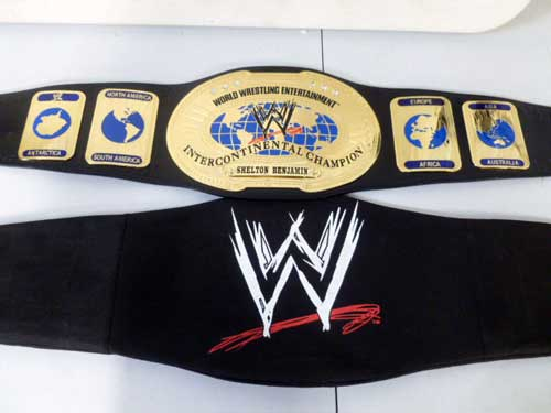 image of WWF and WWE championship belts 2