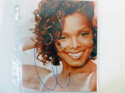 image of an autographed collectible 1