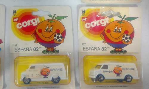 Corgi and Matchbox Cars-12