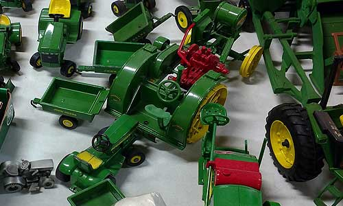 John Deere Collectibles 1