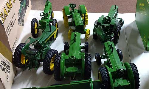 John Deere Collectibles 3