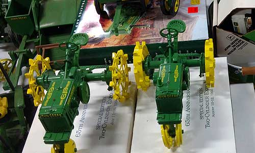 John Deere Collectibles 4