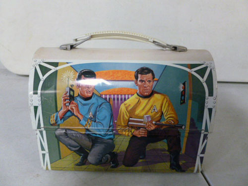 Metal lunchbox collection image 18