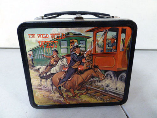 Metal lunchbox collection image 21