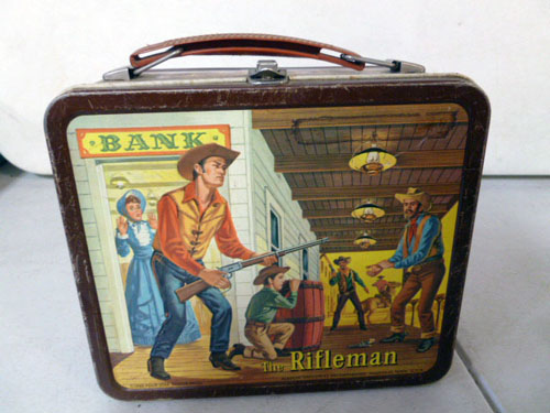Metal lunchbox collection image 26