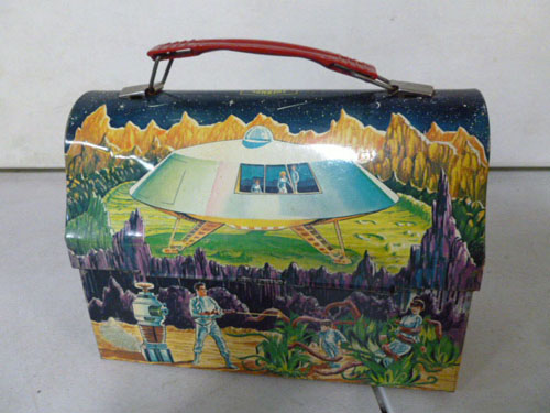 Metal lunchbox collection image 32