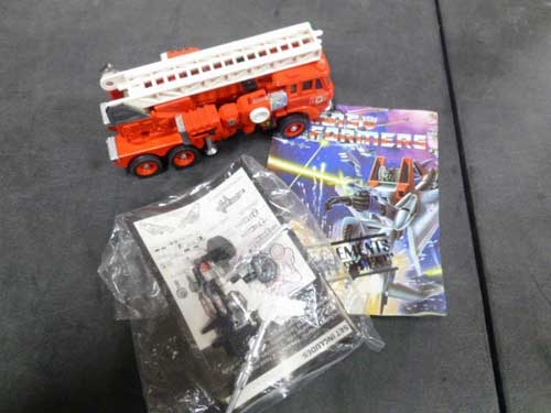 image of transformers G1 collectible 1