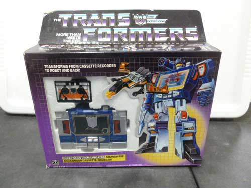 image of transformers G1 collectible 24