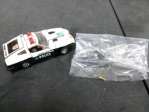 image of transformers G1 collectible 28