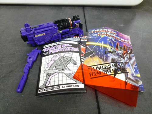 image of transformers G1 collectible 29