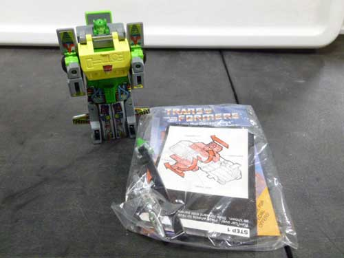 image of transformers G1 collectible 3